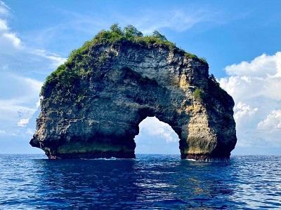 Klungkung Regency   Banah Cliff