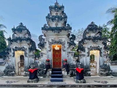 Klungkung Regency   Dalem Ped Temple