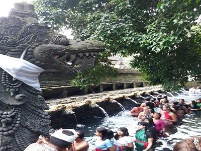 Full Day Kintamani Tour, Tirta Empul Temple